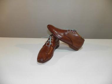 Comment bien cirer et nourrir vos chaussures en cuir - Comment cirer des chaussures ...