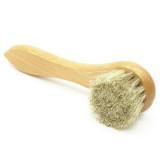 Brosses pour l'entretien des cuird lisses : cirer, nettoyer, faire briller